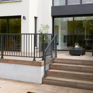 balustrade de protection en aluminium coloris anthracite